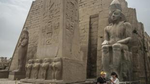 أثار فرعونية في مدينة الأقصر بمصر