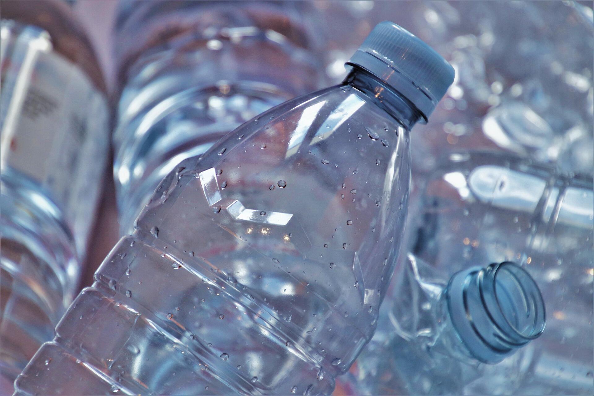 the-bottle-5128607_1920