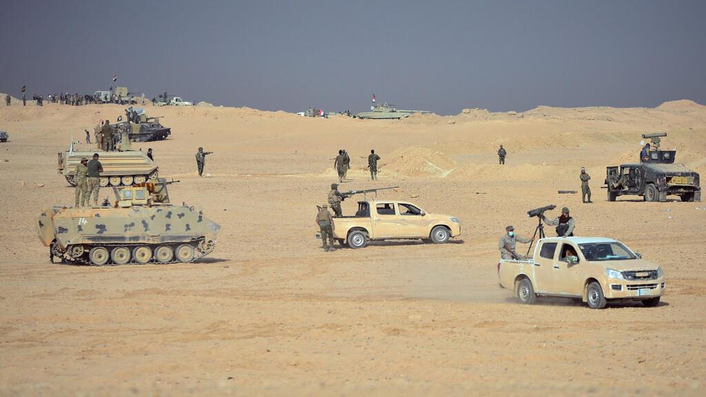 """قوات الحشد الشعبي العراقي تتقدم باتجاه مدينة القائم العراقية لتحريرها من تنظيم """"الدولة الإسلامية"""" 3-11-2017"""