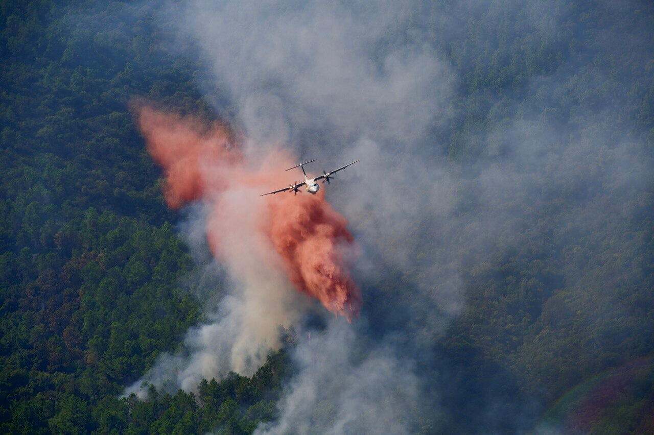 2021-08-18T122849Z_578904385_RC2O7P9QUGZ9_RTRMADP_3_CLIMATE-WILDFIRES-FRANCE