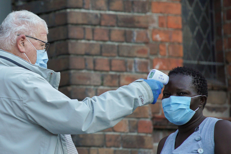 فيروس كورونا في أستراليا
