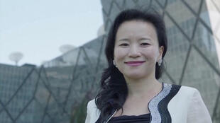 المذيعة الأستراليّة تشنغ لي في بكين
