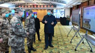 الرئيس الصيني في أحد مستشفيات ووهان