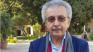 الكاتب إبراهيم نصرالله