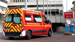 """مدخل قسم الطوارئ في مستشفى """"بيشا"""" الباريسي حيث حصلت أول حالة وفاة لسائح صيني مصاب  بفيروس الكورونا في 15 فبراير"""