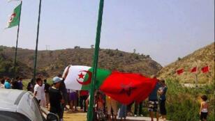 صورة من الحدود الجزائرية المغربية-