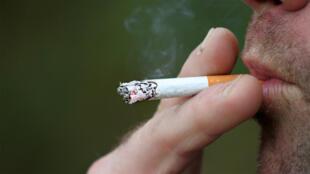 homme_fumeur
