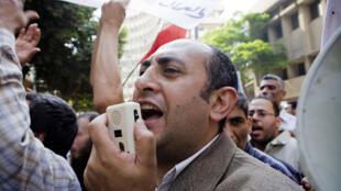 المعارض المصري خالد علي