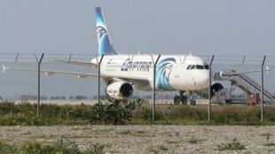 طائرة إيرباص مصرية  أيه 320