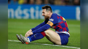 ليونيل ميسي لاعب برشلونة خلال مباراة الفريق أمام سيلتا فيجو في برشلونة يوم السبت-
