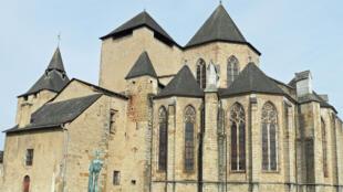 كاتدرائية أولوران-سانت-ماري