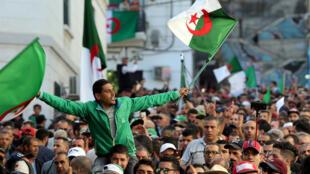 من تظاهرات العاصمة الجزائرية