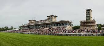 "صورة لمضمار سباق باريس ""Hippodrome de Longchamp"""