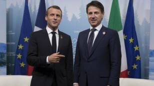 الرئيس الفرنسي إيمانويل ماكرون ورئيس الوزراء الإيطالي جوزيبي كونتي