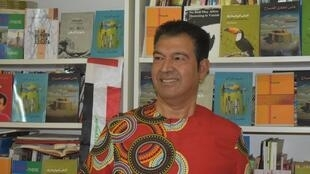 الشاعر والكاتب والرحالة باسم فرات