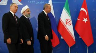 اجتماع بين بوتين وروحاني وأردوغان في طهران