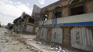العاصمة اليمنية صنعاء بعد قصف التحالف لمراكز الجيش 07-06-2015
