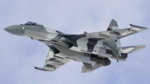 طائرة سوخوي-35