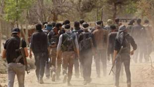 / بدء خروج المعارضة المسلحة في جنوب دمشق