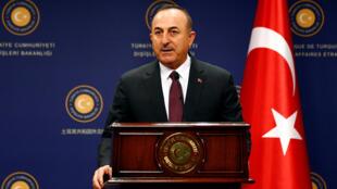 وزير الخارجية التركي كافوسوغلو يحضر مؤتمرا صحفيا في أنقرة-