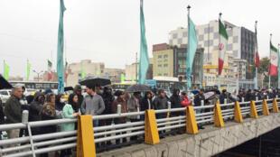 محتجون في طهران يوم 16 نوفمبر 2019