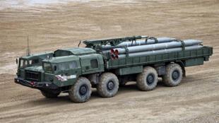 بطارية صواريخ سميرتش سوفيتية االصنع