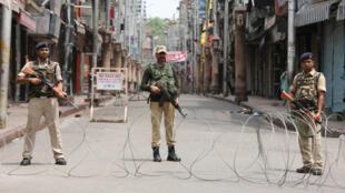 الشرطة الهندية في كشمير