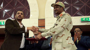 الاتفاق المبرم بين العسكريين والمدنيين في السودان