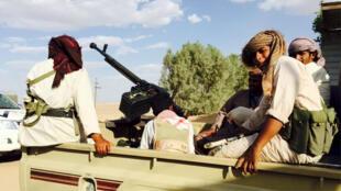 رجال قبائل موالين للحكومة اليمنية في مدينة مأرب 17 سبتمبر 2015