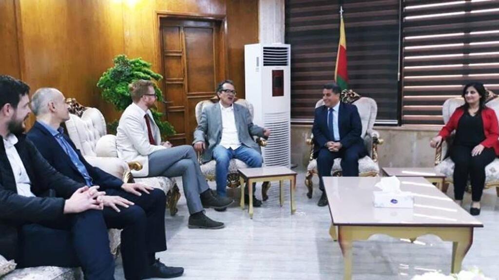 / صورة من زيارة الوفد البريطاني لسوريا