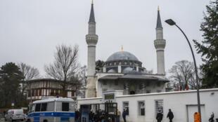 مسجد برلين بألمانيا