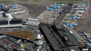 مطار شيبول، أمستردام، هولندا