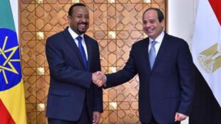الرئيس المصري عبد الفتاح السيسي ورئيس الوزراء الإثيوبي آبي أحمد