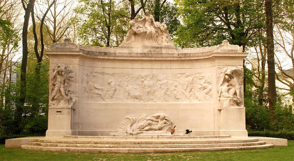 """""""النصب التذكاري لرواد الكونغو البلجيكيين"""" في بروكسل"""