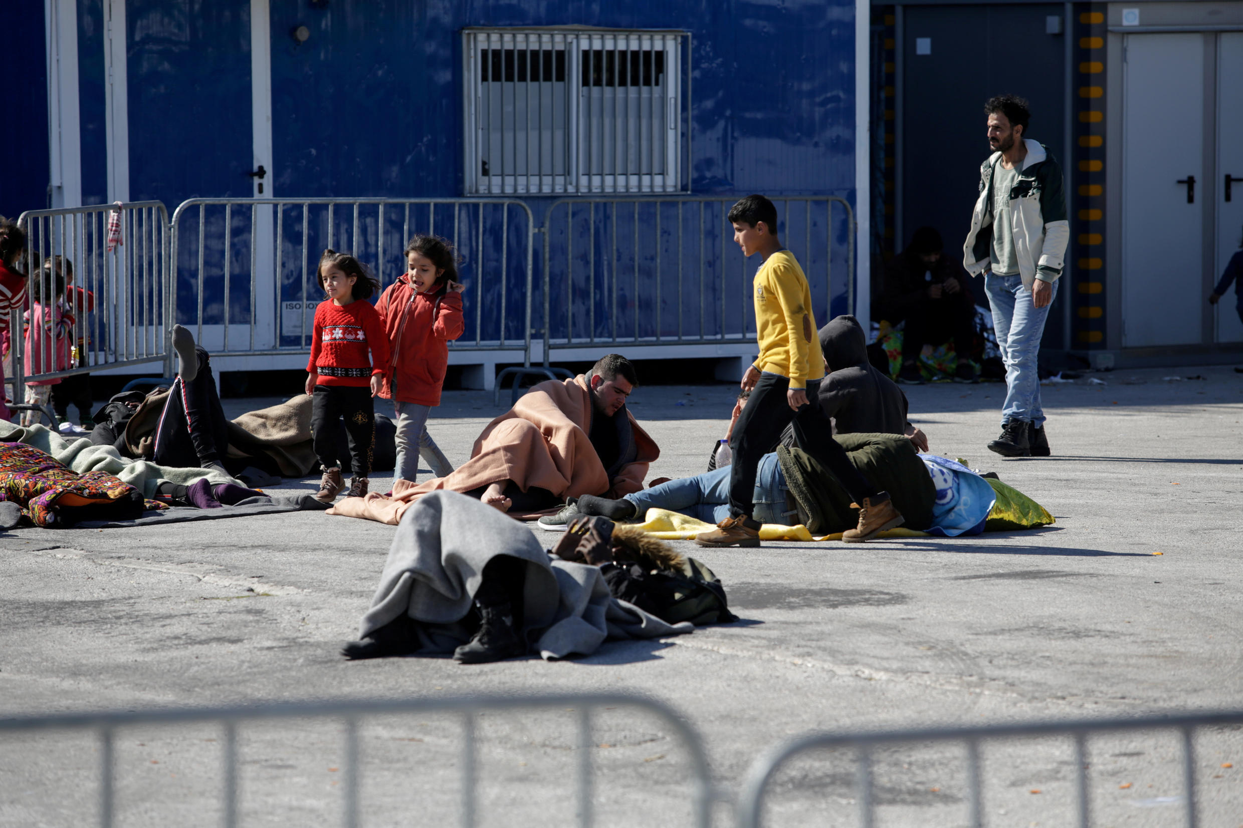 2020-03-03T151203Z_1721303260_RC2DCF95SNRW_RTRMADP_3_SYRIA-SECURITY-GREECE-LESBOS