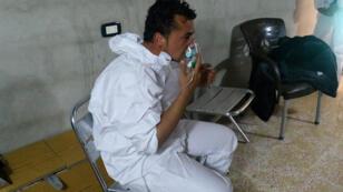 اسعاف المصابين في إدلب
