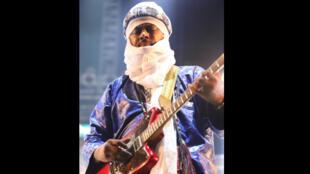 عبد الله الحسيني من فرقة تيناريوين