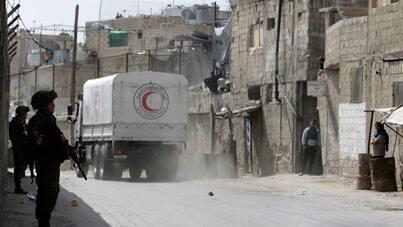 شاحنات المساعدات الانسانية تدخل الغوطة 09 -03-18