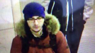 المشتبه به في تنفيذ اعتداء سان بطرسبورغ الروسية