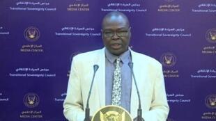 صديق تاور نائب رئيس اللجنة العليا للطوارئ الصحية في السودان