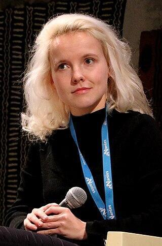 الكاتبة الفرنسية سيسيل كولون