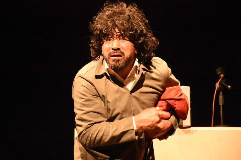 الفنان محمد الطيطي في مسرحية شرشوح