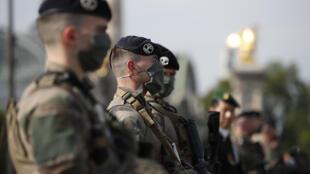 """جنود عملية """"برخان"""" الفرنسية في مالي"""