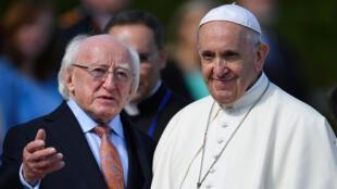 البابا فرنسيس يصل إلى ايرلندا
