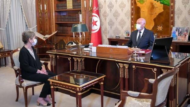 الرئيس التونسي قيس سعيد ورئيسة الحكومة المكلفة نجلاء بودن