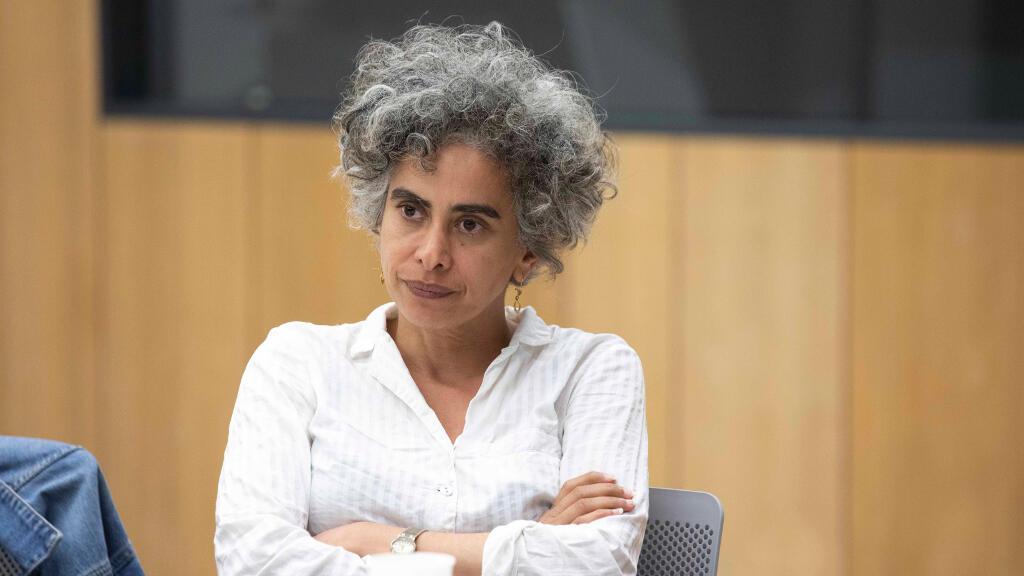 الكاتبه الفلسطينية عدنية شبلي