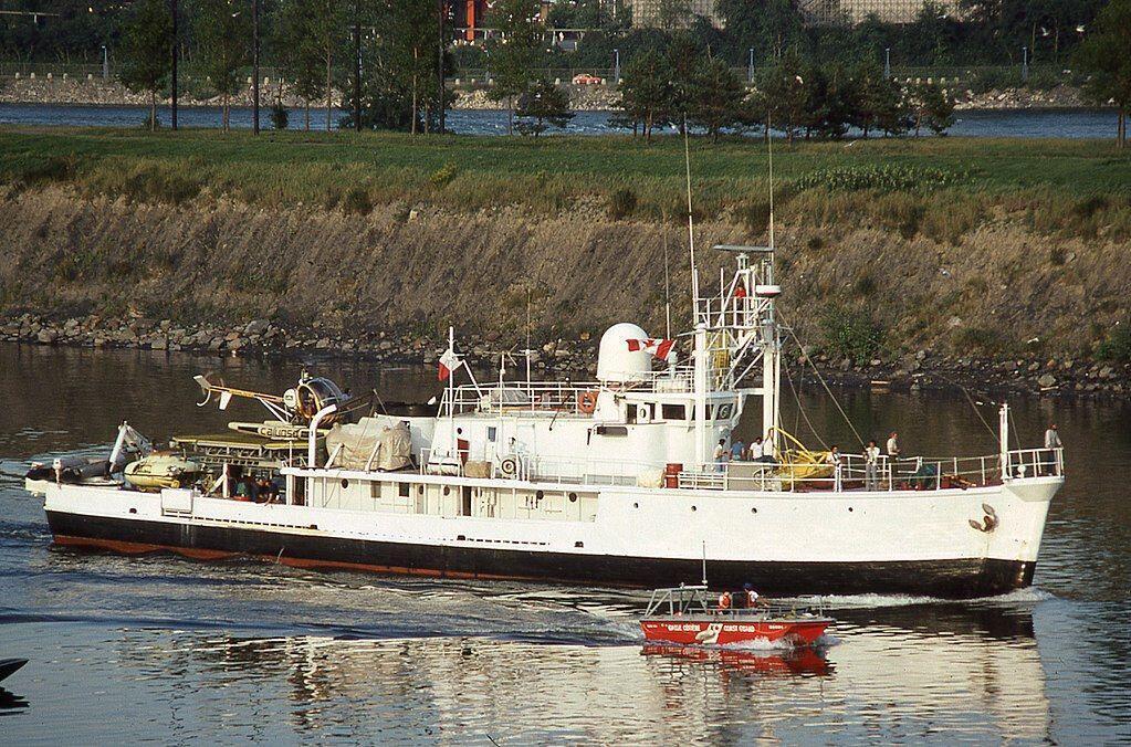 calypso_research_vessel_captain_cousteau_montreal