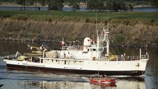 calypso_research_vessel_captain_cousteau_montreal