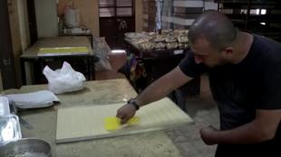 bakery_north_lebanon_crisis_economy