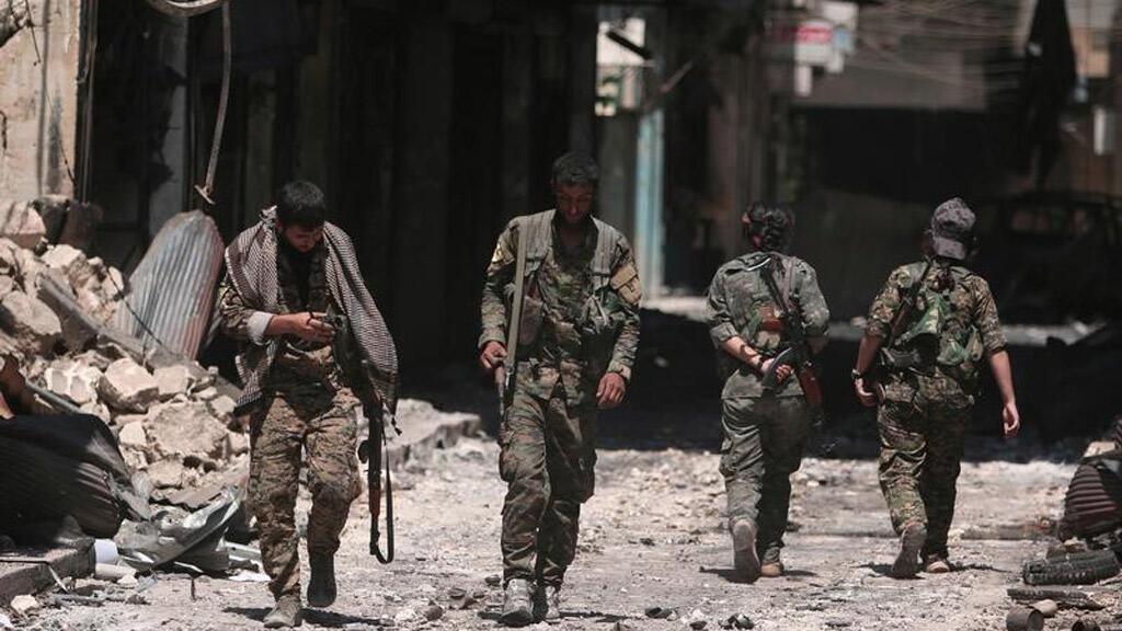 """مقاتلون من قوات """"سوريا الديمقراطية"""""""